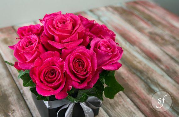Ý nghĩa của 9 bông hoa hồng trong tình yêu