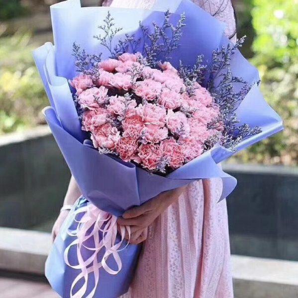 Sinh nhật mẹ nên tặng hoa gì gửi gắm yêu thương?
