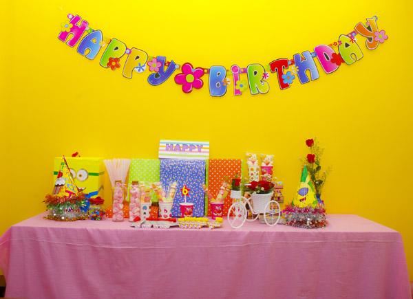 Tặng quà sinh nhật cho bạn thân ý nghĩa thiết thực